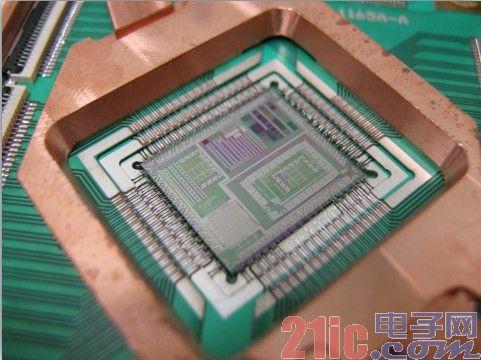 赛普拉斯和D-Wave Systems共同宣布 已成功地将D-Wave工艺技术应用到赛普拉斯的晶圆厂中
