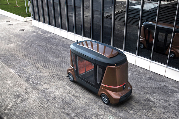 vereshchagin_matreshka:多功能无人驾驶小巴士或将亮相2018世界杯