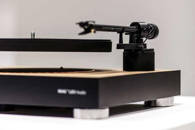 """""""反重力""""黑胶唱片播放机,让你的唱片""""飞""""起来"""