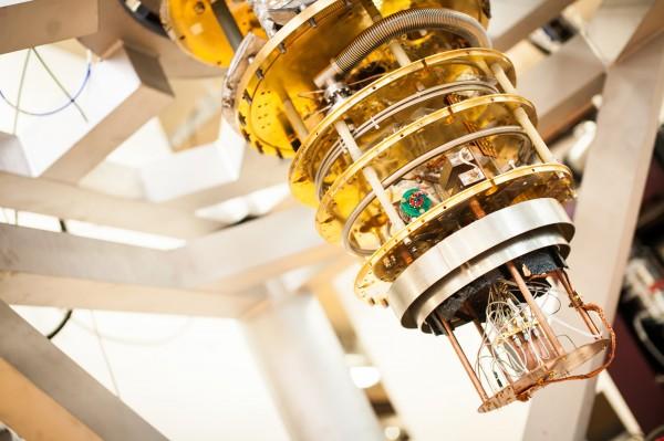 英特尔也要开发量子计算机了,所用材料为硅晶体管