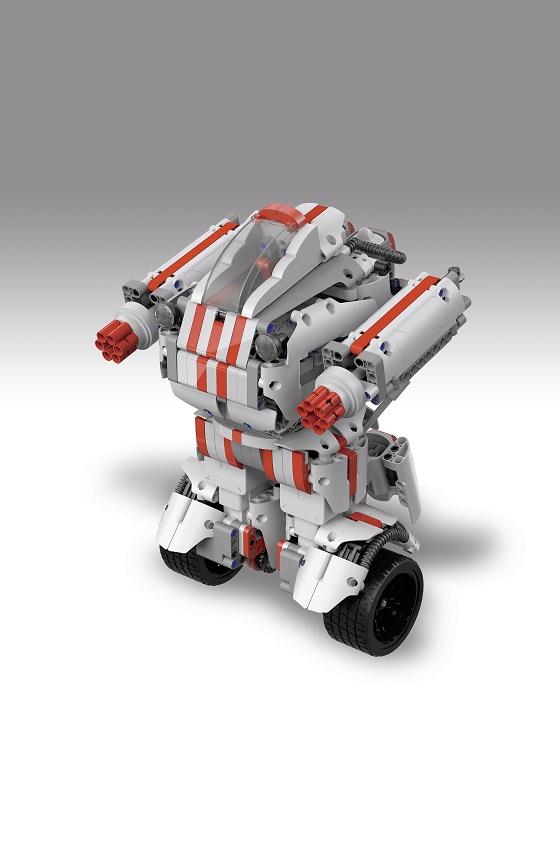 使用Nordic低功耗蓝牙模块的智能机器人玩具