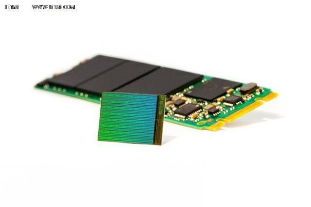 闪存市场将发生巨变 3D NAND走上舞台3D