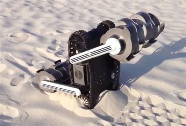 """NASA """"蓝领机器人"""":能在月球上挖土"""