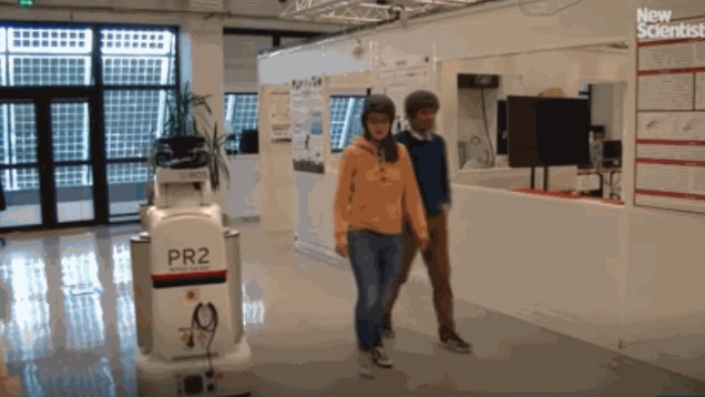 法国图卢兹大学研发全新智能机器人,行走过程中可以礼让行人