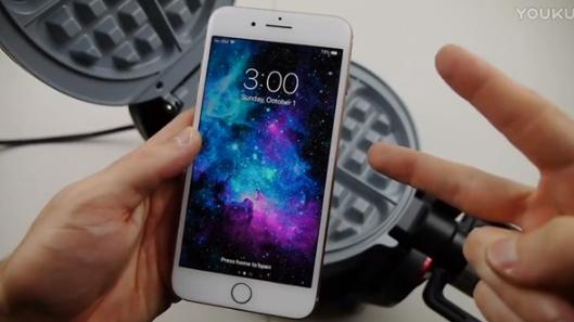 iPhone 8 Plus频繁开裂 外媒对其进行了终极测试,结果出人意料