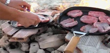 这个火山口竟被人们用来烤肉串?火山:我不要面子的吗?