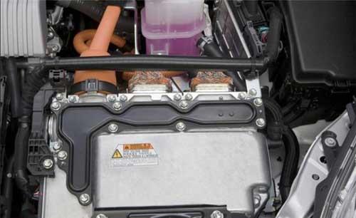 丰田:把车载电池用作储能装置