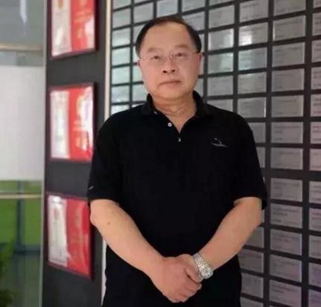 李力游辞去紫光集团联席总裁一职