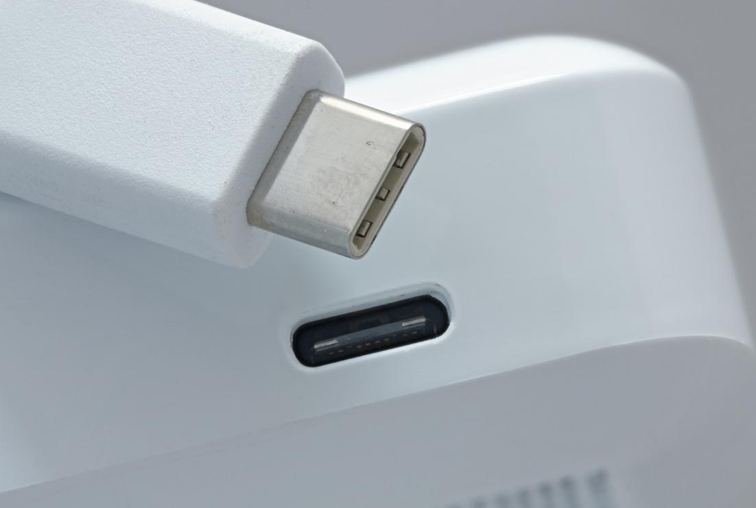 USB Type-C �C 一切关乎灵活性、小尺寸和低功耗