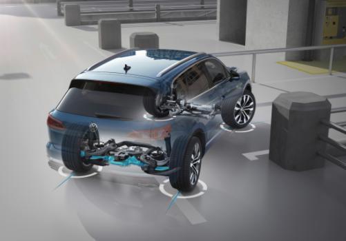 大众第三代途锐SUV亮相 首次采用主动式后桥转向系统