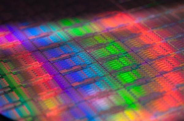 中芯国际14nm FinFET终于要来了,还有AI芯片...