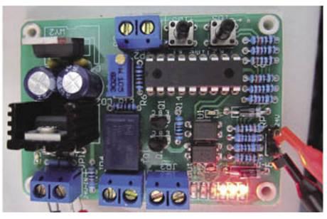 利用PIC16F628单片机构成PVS控制系统