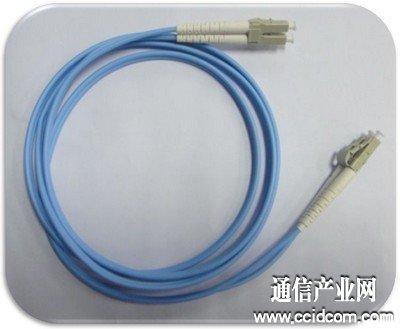 一普实业高性能聚合物塑料光纤跳线
