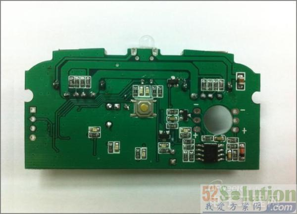 基于STM8S003的低成本移动电源解决方案