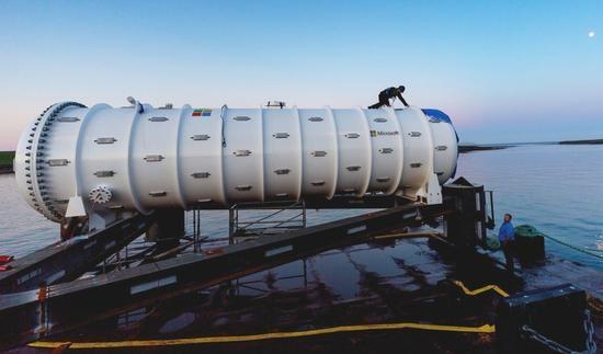 微软在海面下36米安装数据中心原型 利用海洋自然冷却能力