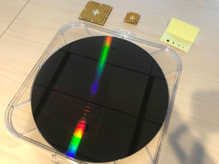 英特尔已能够生产多达26个量子位的量子芯片