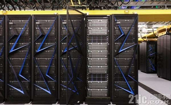 """""""顶点""""超级计算机外观"""