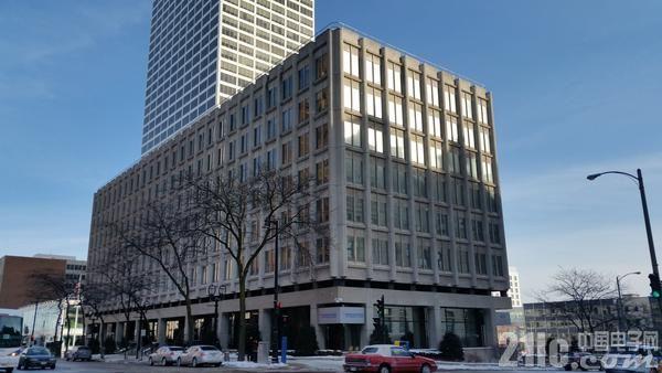 富士康宣布设立北美总部 为建LCD面板厂铺路?