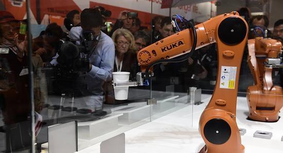 德国工业机器人出口高速增长 中国是推动该市场的主力军