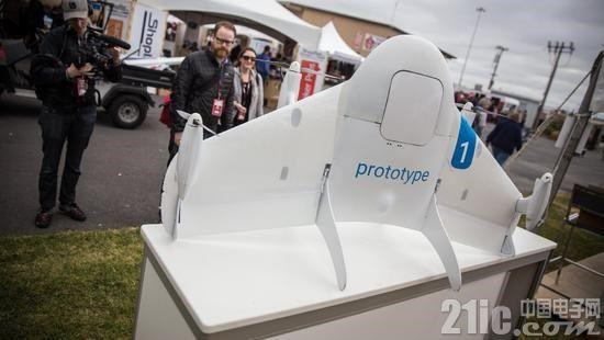 谷歌母公司分拆出两家子公司:一个专注无人机送货,另一个精于气球送网