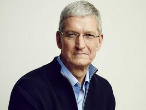 苹果CEO库克获1.23亿美元股�票奖励 套现5800万美元