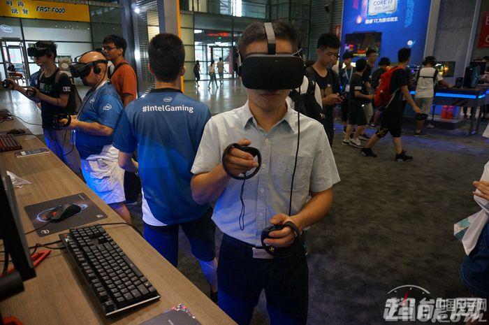 VR要凉?人们对VR设备热情并未减少