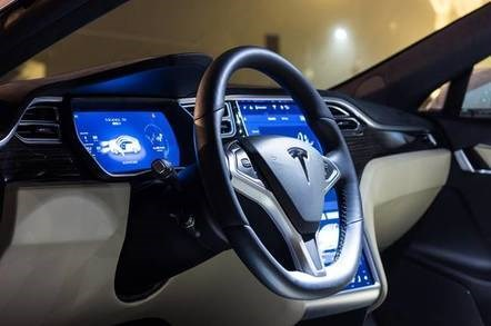 大突破!特斯拉Model 3在美季度销量超奔驰
