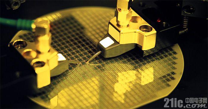 英特尔10nm进展顺利,但为何拆分了晶圆制造业务?