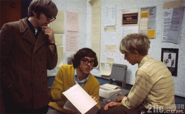 比尔盖茨追忆保罗艾伦:没有保罗,微软永远不会诞生