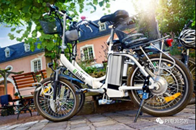 PI公司提供两种散热选项的坚固耐用型电动单车充电器