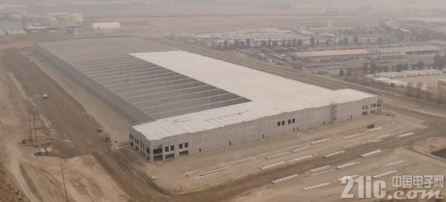 为配送做准备?特斯拉在北加州新建巨型建筑