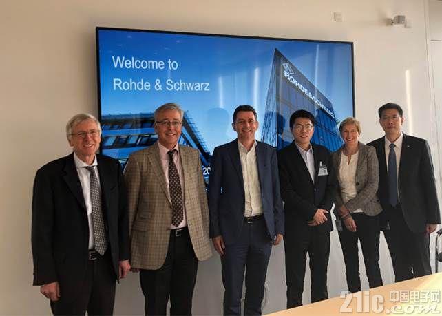 罗德与施瓦茨公司支持Quectel公司完成最新的C-V2X模块研发以及产线测试验证