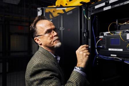 外媒:量子加密技术竞争日益加剧 中国处于领先地位