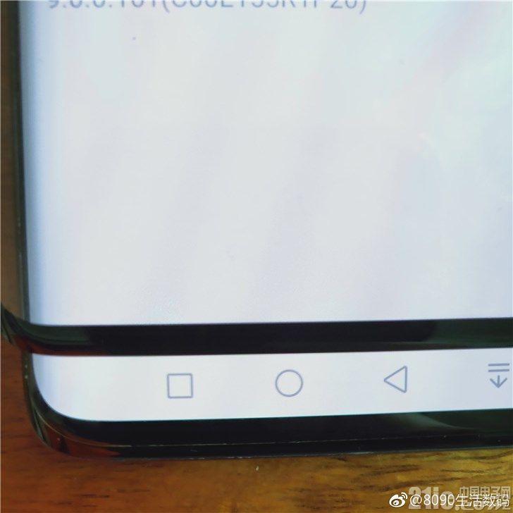 不甘落后!三星S10 Plus屏幕下巴与iPhone X相当