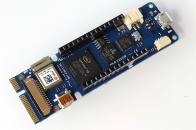 FPGA的新尝试:将它Arduino化?――Vidor4000评测