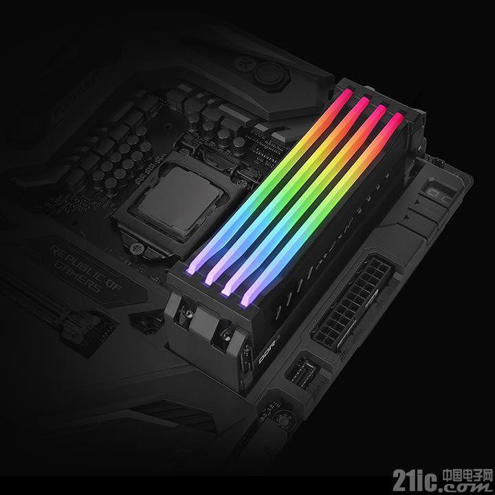 发光内存很炫酷?Thermaltake发布内存外接RGB模组