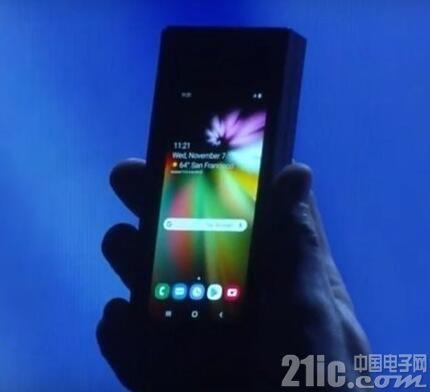 三星Galaxy Fold可折叠手机有5G版本,仅向韩国发售!