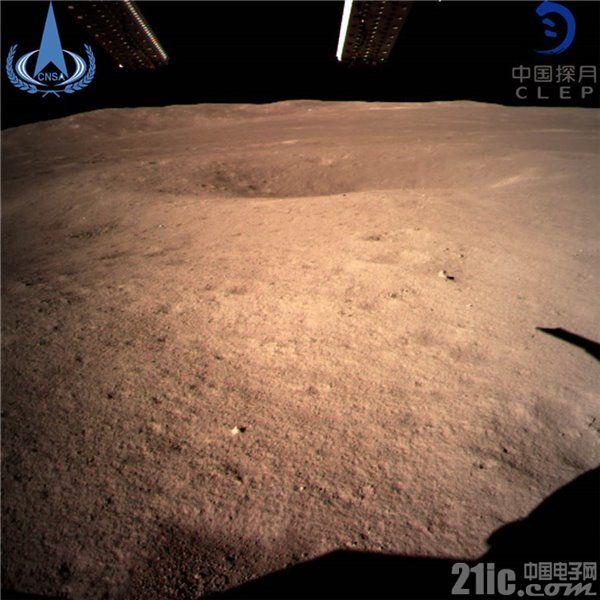 嫦娥四号成功软着陆,快来围观月球背面高清照!