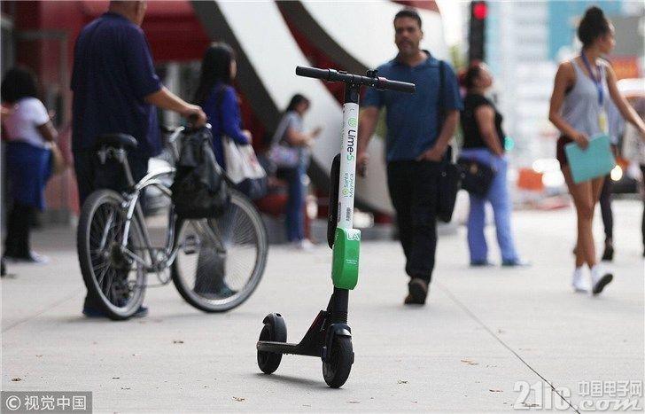 中国的共享单车成了一地鸡毛,美国的共享滑板车过的好吗?