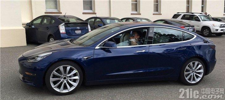 特斯拉裁员细节被前员工曝光:Model 3交付团队遭砍一半以上!