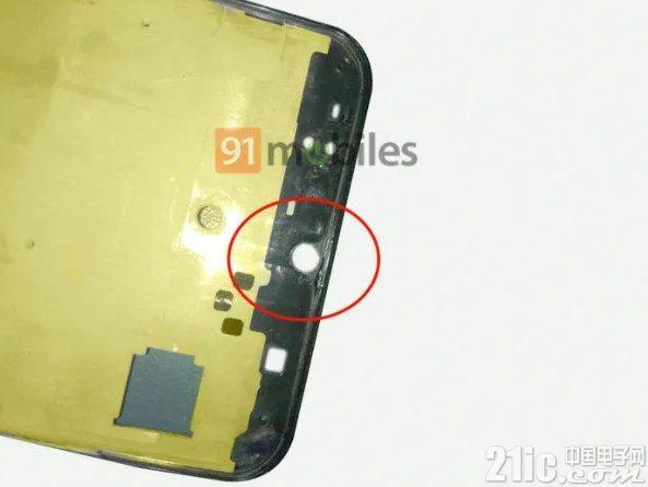 三星A50手机谍照曝光:Infinity V屏+屏幕指纹+后置三摄