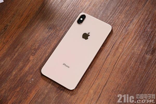 苹果和库克遇麻烦?iPhone需求下滑被起诉