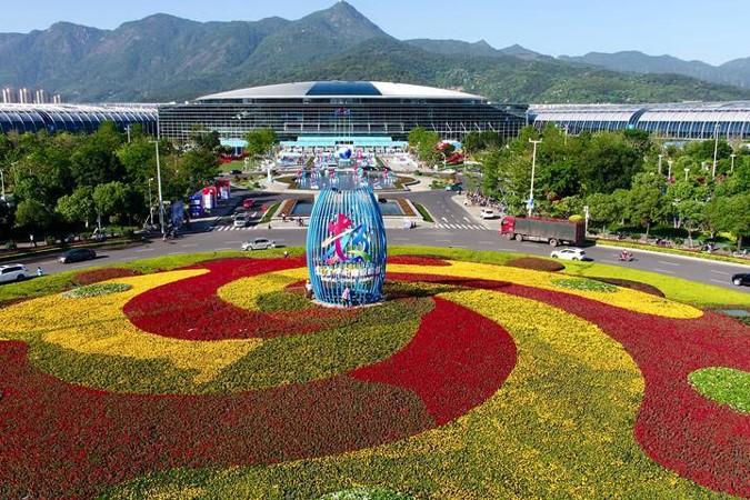 """飞驰的""""中国数字经济"""" 且看第二届数字中国建设成果展览会"""
