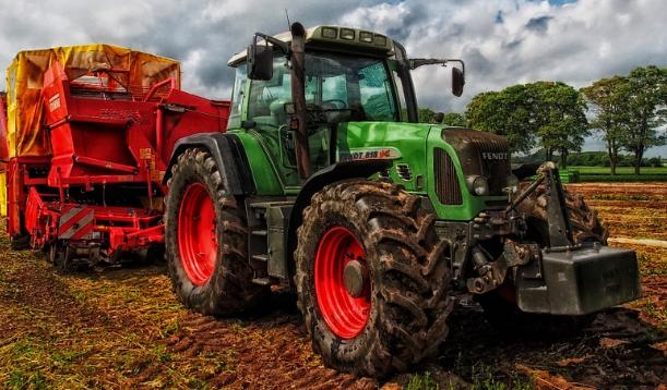 共享经济风吹向农业汽车机具市场 Hello Tractor提供牵引机共享服务