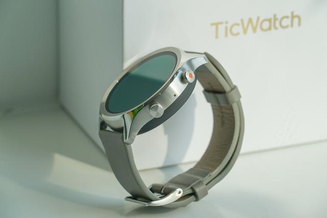 新晋智能手表成员TicWatch C2