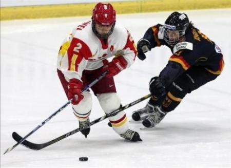 齐齐哈尔夏季冰球季将引进智能冰球系统