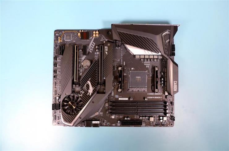"""微星MPG X570 Gaming Pro Carbon WiFi暗黑板主板:""""你想要价格优惠又好用的主板吗?"""""""