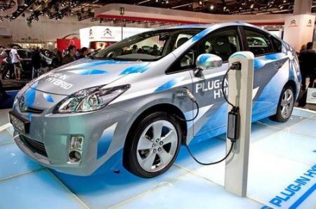 特斯拉宣布恢复对两款车的免费充电服务