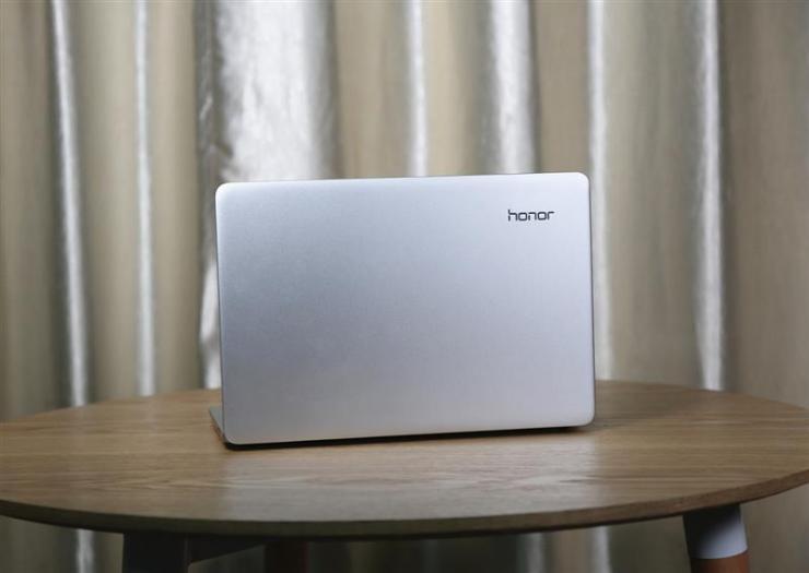 荣耀MagicBook锐龙,超值性价比