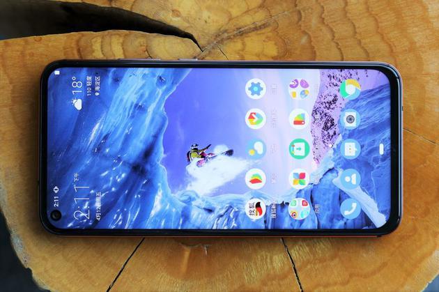 """中国智能手机欧洲表现亮眼 广受市场欢迎 """"圈粉""""无数"""
